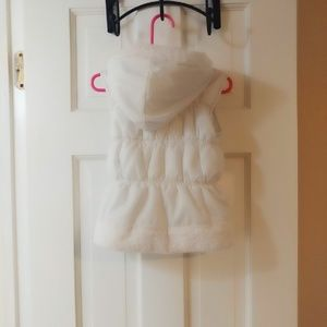 Disney Other - White Disney Puffer Kids Vest w/ Sequin Heart
